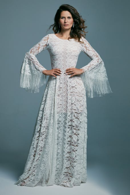 boho lace wedding dress with sleeves