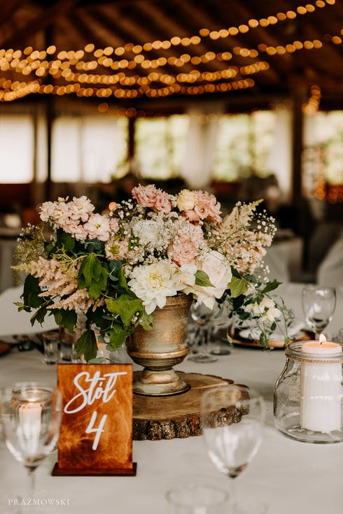 Natural decorations for a wedding