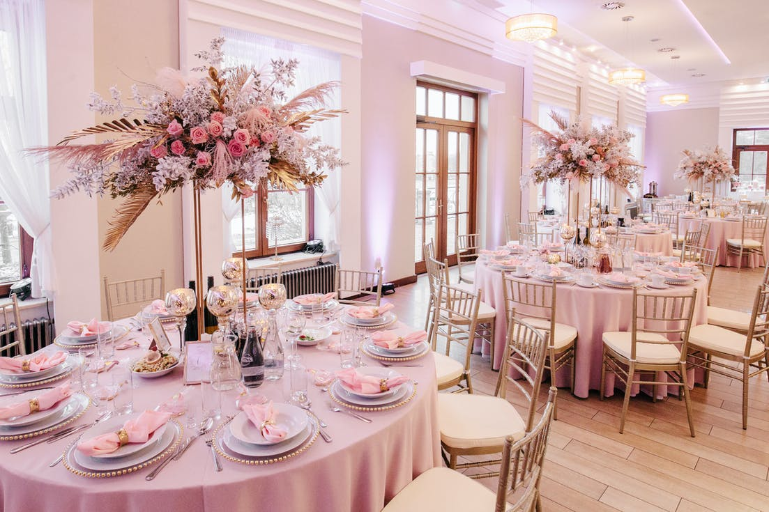 High wedding decorations for tables